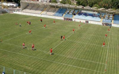 Bucureștenii sunt invitati duminică să asiste la play-off-ul Campionatului National de Oină. Intrarea este liberă !