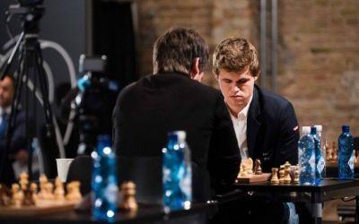 Norvegianul Magnus Carlsen, din nou campion mondial la șah rapid