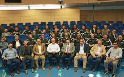 Schimbările de antrenori în Europa: România, prea instabilă pentru fotbalul civilizat