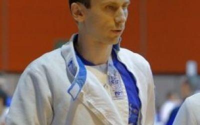 Adrian Pop este noul campion național la spadă