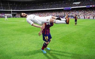 VIDEO / Bug-urile din FIFA transpuse în viața reală