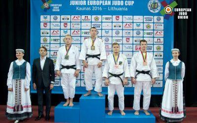 """România """"atacă"""" Europeanul de cadeți cu 14 judoka"""