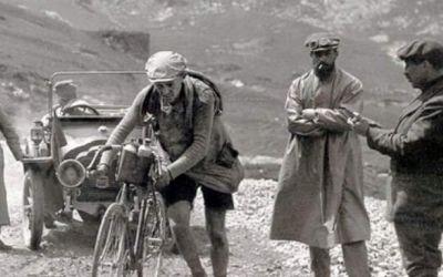 Povestea începutului ciclismului în Franța. Despre Turul Franței, fondatorul său și primele ediții