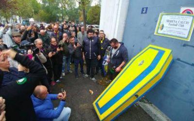 Clubul italian Moden a dat faliment, iar fanii i-au organizat funeraliile