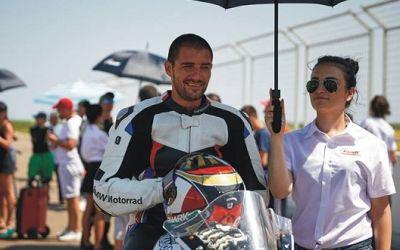 Interviu exclusiv cu motociclistul Cătălin Cazacu despre sezonul încheiat, așteptările pentru anul viitor și costurile sportului cu motor