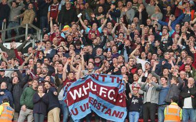 Au ajuns la capătul răbdării! Fanii lui West Ham sună la poliție pentru că echipa lor nu câștigă