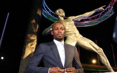 Legendarul Usain Bolt are de acum și o statuie în țara sa natală