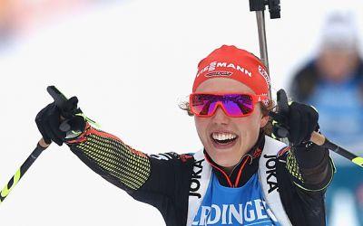 Laura Dahlmaier s-a impus în proba de pursuit de la Annecy-Le Grand Bornand