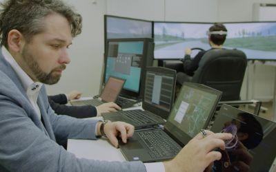 VIDEO / Românul Lucian Gheorghe coordonează proiectul Brain-to-Vehicle pentru Nissan