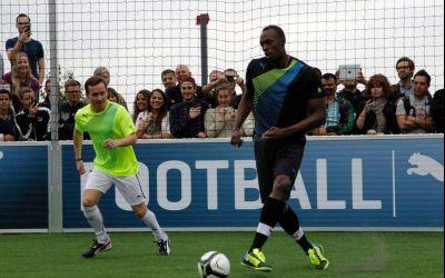 Usain Bolt va da probe la Borussia Dortmund