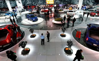 Saloanele auto nu mai suscită interes pentru constructori