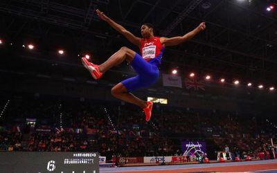 Cuba libre ! Juan Miguel Echevarria, campion mondial la săritura în lungime