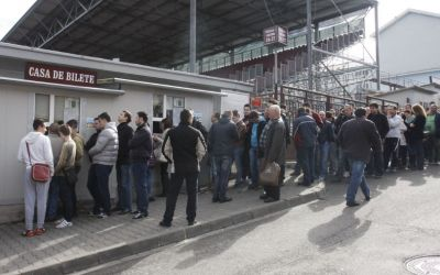 REPORTAJ / Cum trăiește Ardealul meciul CFR Cluj-FCSB. Cozi la bilete, tombole și speranțe