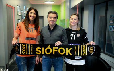 VIDEO / Andrea Penezic și Tatjana Hmirova, prezentate la Siofok. Tor Odvar Moen va fi antrenor