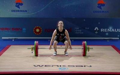 Andreea Penciu și Mariu Grigoriu, medaliate cu bronz la Europenele de haltere