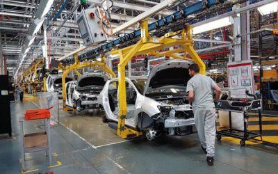 Industria auto din România a produs 10 miliarde de euro anul trecut