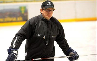 Julius Penzes este noul antrenor principal al naționalei de hochei pe gheață a României