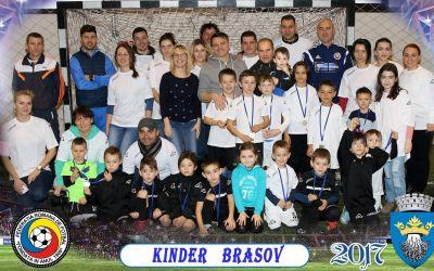 Exclusiv. Povestea AS Kinder Kinders, școala de fotbal din Brașov care lucrează pe termen lung