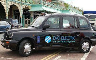 Studiu / Șoferii care conduc mașini electrice sunt mai puțin stresați