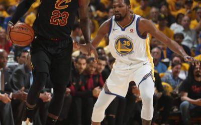 NBA: Golden State Warriors câștigă primul meci din finala cu Cleveland Cavaliers