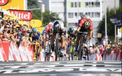 Turul Franței: Sagan câștigă etapa a doua și devine lider general