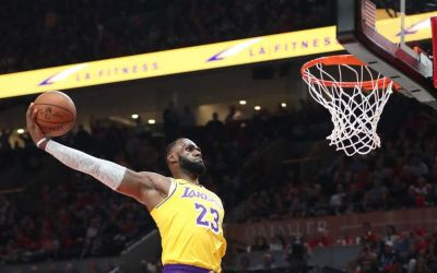 LeBron James a început cu un eșec la Los Angeles Lakers în NBA