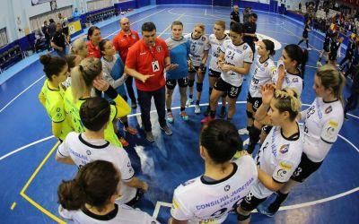 Înfrângeri pentru Măgura Cisnădie și SCM Râmnicu Vâlcea în Cupa EHF