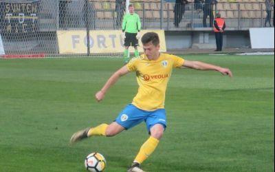 Interviu exclusiv cu fotbalistul Alberto Olaru (Petrolul Ploiesti) despre promovarea la echipa de seniori, mirajul Ligii 1 și idolul său