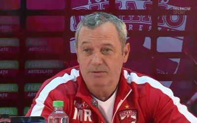 Liga 1: Dinamo a plecat cu trenul spre Sfântu Gheorghe. Rednic critică politicienii