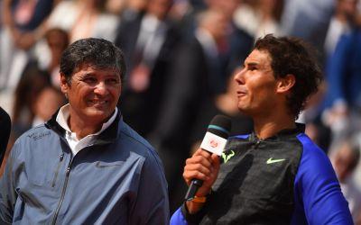 Rafael Nadal este un accidentat care joacă tenis, spune unchiul său