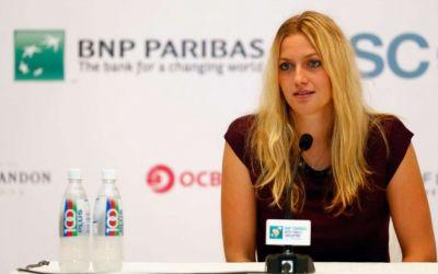 Kvitova, campioană la Stuttgart, trece peste Halep în clasament