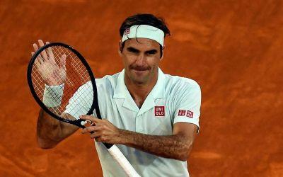 Federer a revenit pe zgură după 3 ani cu o victorie blitz