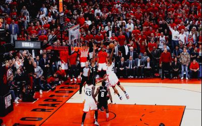 VIDEO/ Kahwi Leonard o conduce pe Toronto Raptors ]n finala NBA
