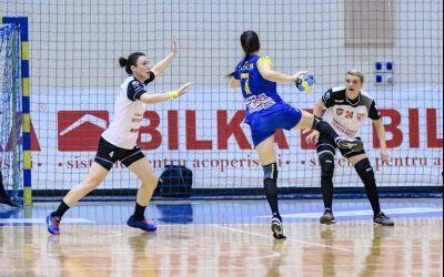 Corona Brașov, aproape de grupele EHF, după ce a învins Gloria Bistrița