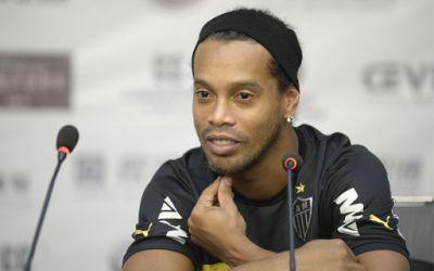 Ronaldinho, arestat în Paraguay, deoarece circula fără pașaport