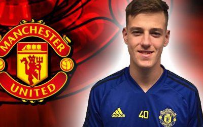 VIDEO / Manchester United a achiziționat un portar de 16 ani