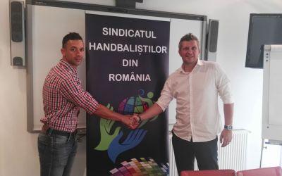 Sindicatul Handbaliștilor din România critică propunerea FRH de a relua sezonul la 31 mai