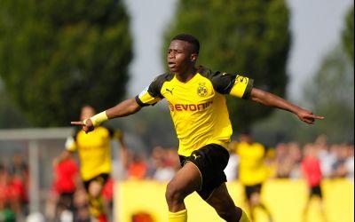 VIDEO / Youssoufa Moukoko, noul fenomen de la Borussia Dortmund, promovat la prima echipă la 15 ani