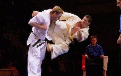 Cinci sportivi români la Campionatele Mondiale de karate de la Tokyo