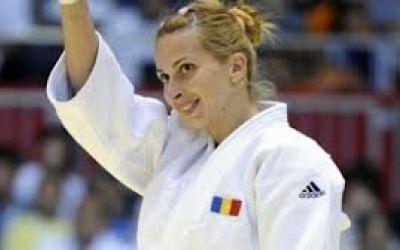 Prima ediţie a Turneului de judo Alina Dumitru are loc pe 18 mai la Sala Floreasca
