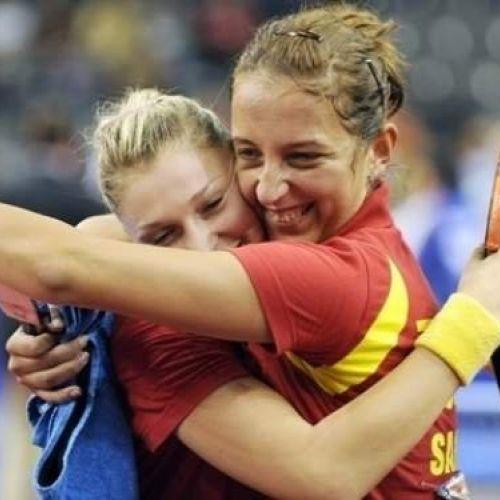 Echipa feminină de tenis de masă a României s-a calificat în finala Campionatului European, dupa 3-1 cu Ucraina