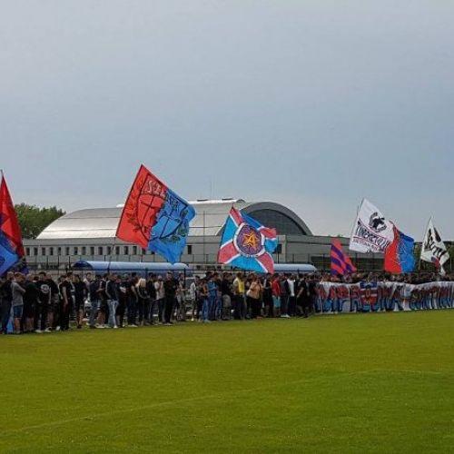 VIDEO / CSA Steaua a demarat pregătirile cu 500 de fani la primul antrenament