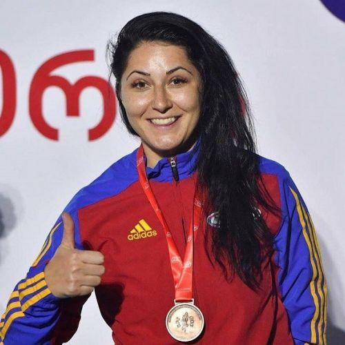 Federația Română de Scrimă a desemnat-o pe Bianca Pascu, cea mai bună sportivă a anului 2017