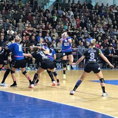 Liga Florilor: CSM București câștigă greu meciul cu HC Zalău. Rezultatele zilei