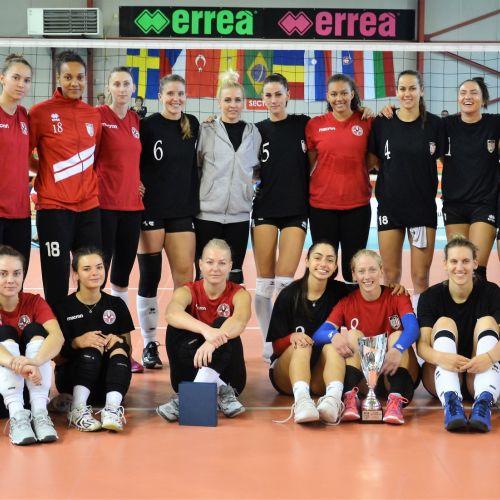 Cupa Blajului la volei feminin a fost adjudecată de echipa locală
