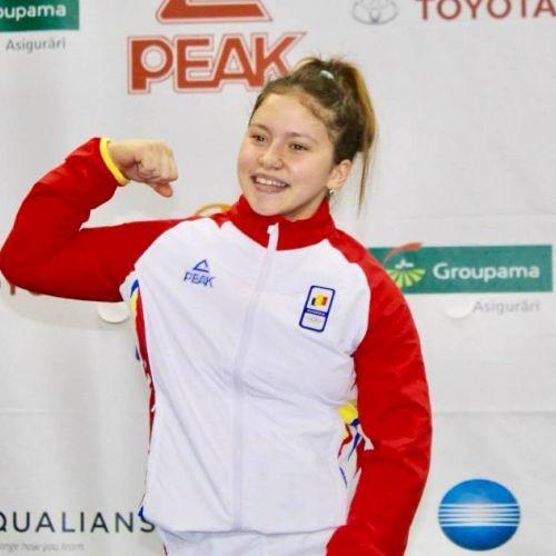 Halterofila Sabina Baltag, aur la Jocurile Olimpice pentru Tineret