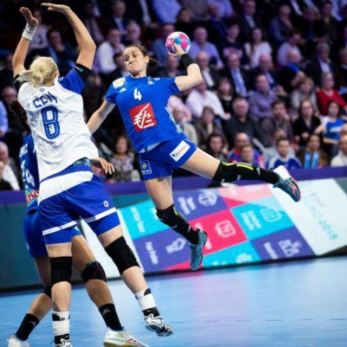 S-a dat drumul la spectacol! A început Campionatul European de handbal feminin