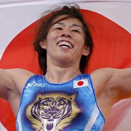 Saori Yoshida, tripla campioană olimpică la lupte, se retrage din activitate