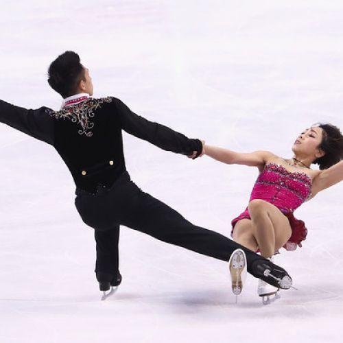 Proba de perechi a Mondialului de patinaj artistic, câștigată de chinezii Wenjing și Cong