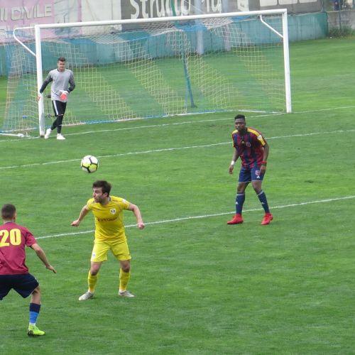 Liga 2: Clinceni, U Cluj și Chindia se desprind de Petrolul și Snagov